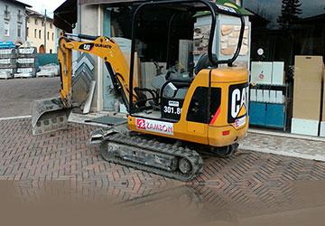 Demolitore per pavimenti. Pavimenti Zambon offre un servizio completo, dalla demolizione allo smaltimento del materiale, con la posa in opera