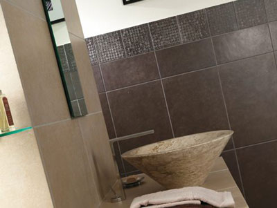 Piastrelle e mosaici arredo bagno per bagni e case moderne